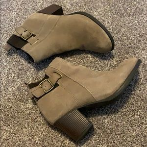 Tan and Brown Booties Skechers Size 8